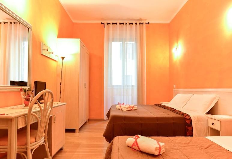 클라우디아 스위츠, 로마, 쿼드룸, 전용 욕실, 객실