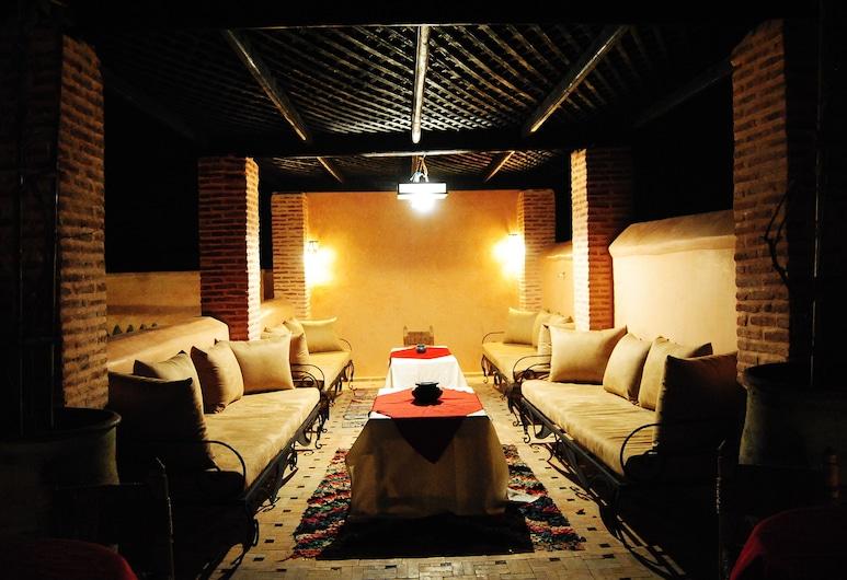 浪漫摩洛哥庭院飯店 - 僅供成人入住, 馬拉喀什, 露台