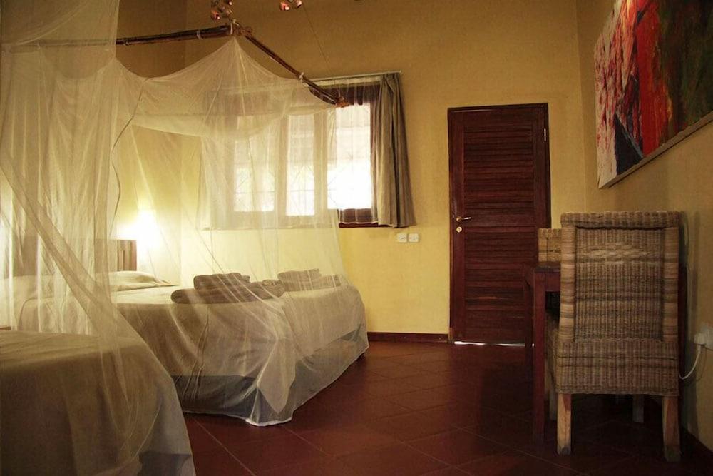 Olgau0027s The Italian Corner, Livingstone, Double Or Twin Room, Guest Room