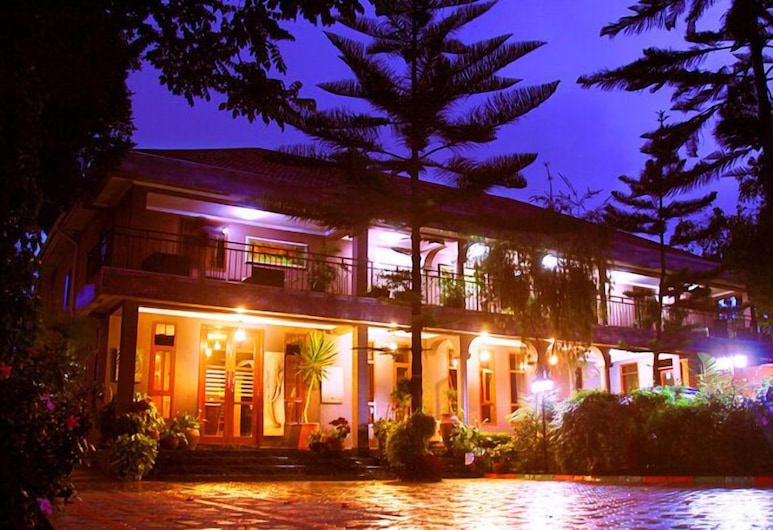 Tulia Boutique Hotel and Spa, Arusha, Hotel Front – Evening/Night