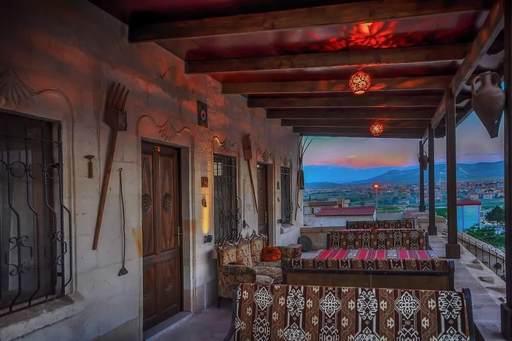 Honeymoon Double Room - Balcony View