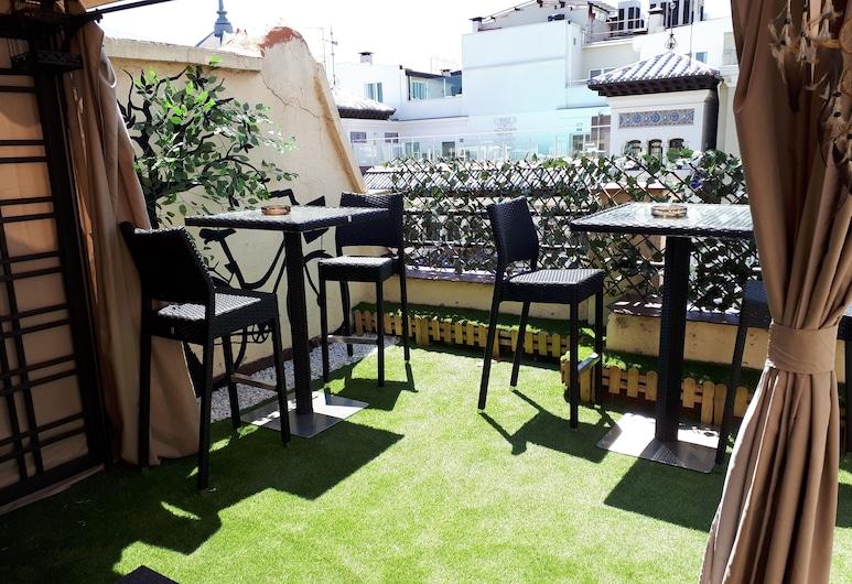Open Hostel Madrid, Madryt, Wspólny pokój wieloosobowy, tylko dla kobiet, wspólna łazienka (Room 1. 4 beds), Taras/patio
