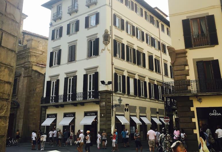 Parione Uno, Florence