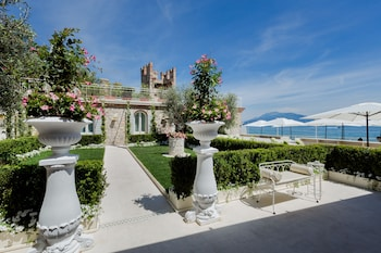 Enter your dates to get the Sirmione hotel deal