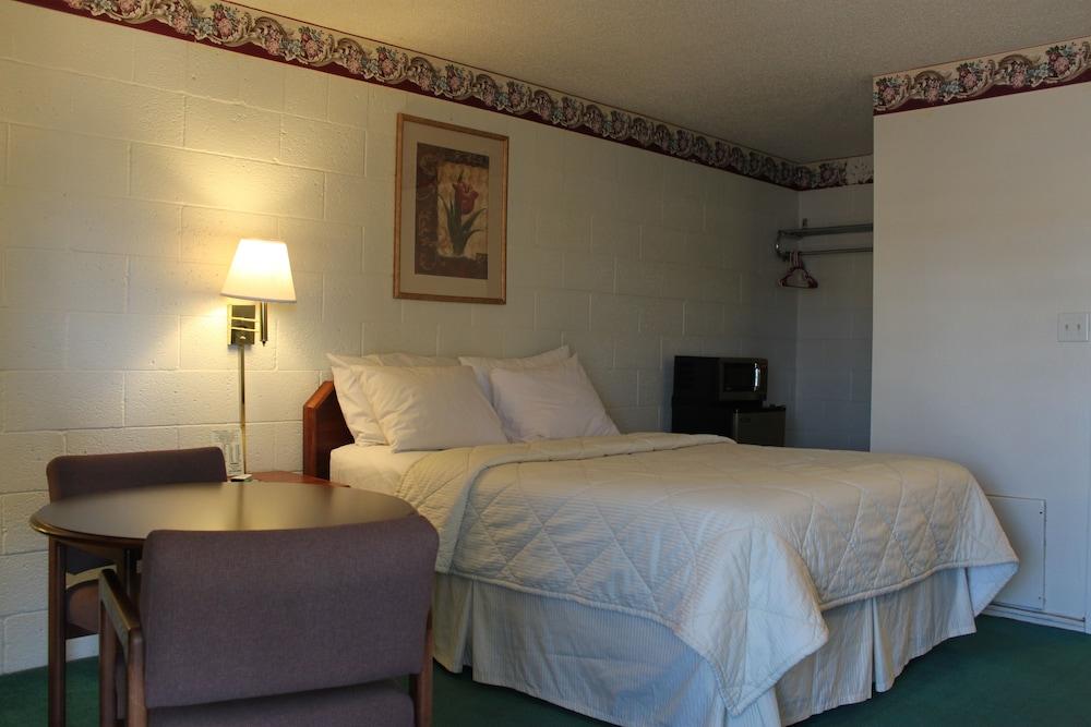 Century 21 Motel, Las Cruces, Room, 1 Queen Bed, Non Smoking,