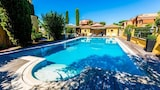 Book this Bed and Breakfast Hotel in Roman Coast