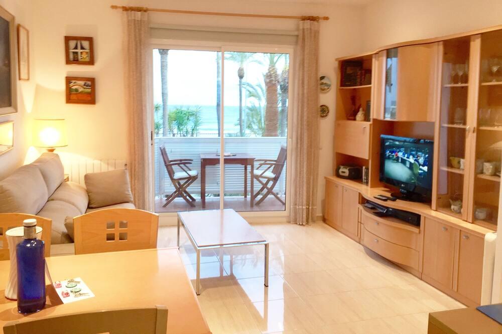 Apartmán typu Superior, 1 ložnice, terasa, výhled na pláž - Obývací prostor