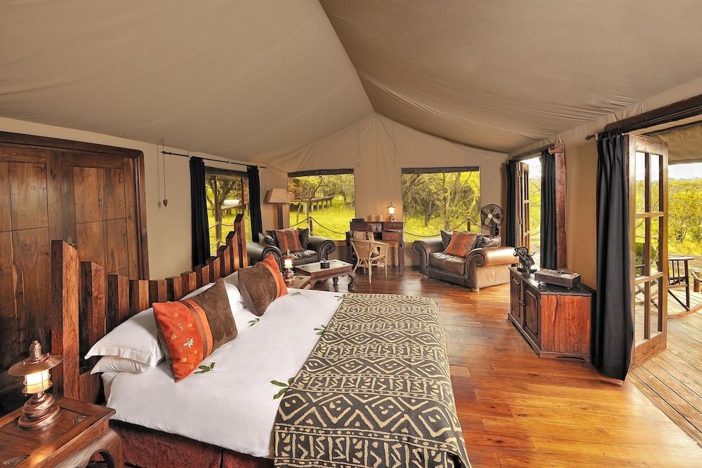 Serengeti Migration C& Serengeti National Park Luxury Tent Guest Room & Book Serengeti Migration Camp in Serengeti National Park | Hotels.com