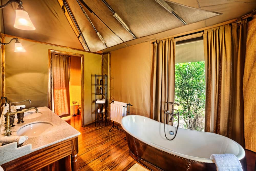 Luxury Tent - Bathroom