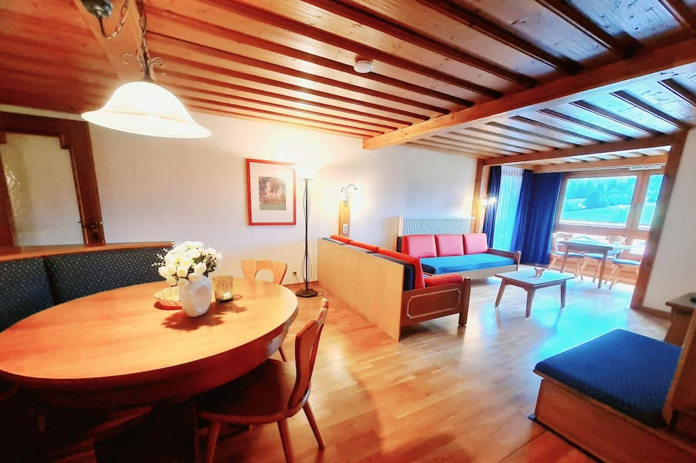 Apartment, 2 Bedrooms (Excl. Cleaning Fee 90 Euro) - Living Area
