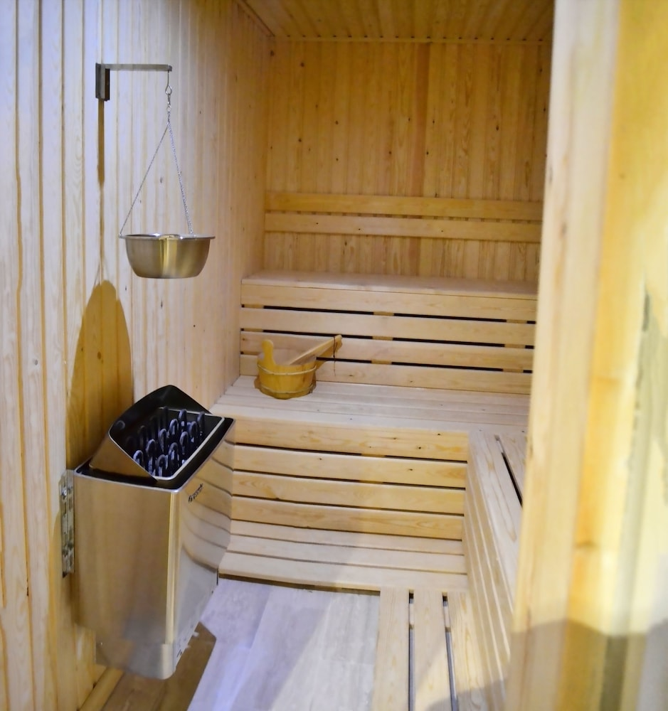 massage gärdet stockholm sauna
