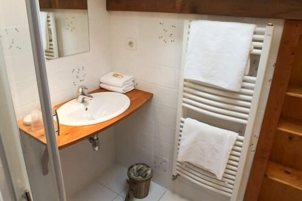 Comfort Double Room, Ensuite, Garden View - Bathroom