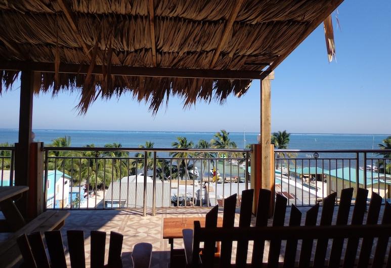 Enjoy Hotel, Cayo Corker, Terraza o patio