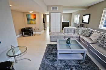 Picture of Coconut Grove Apartments by NUOVO in Miami