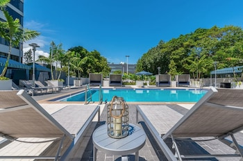ภาพ Nuovo Miami Apartments at Coconut Grove ใน ไมอามี