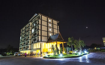 Picture of Airport Resort & Spa in Sa Khu