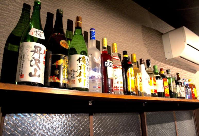 趣遊背包客難波青年旅舍, 大阪, 飯店內酒吧