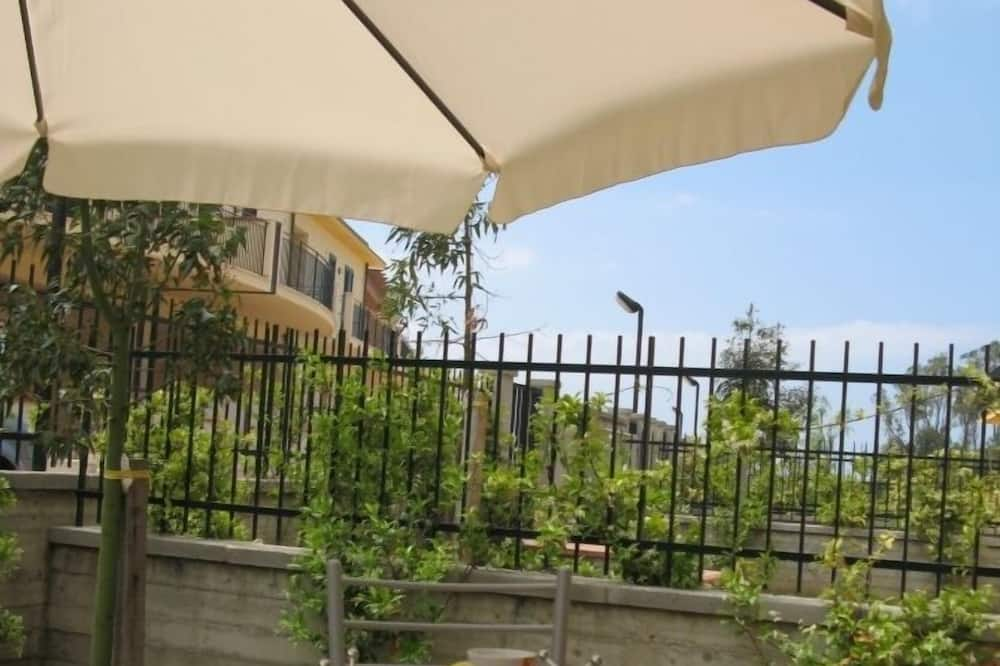 Apartment, 2 Bedrooms, Garden Area - Terrace/Patio
