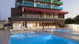 Choose this Apart-hotel in Sant Josep de sa Talaia - Online Room Reservations
