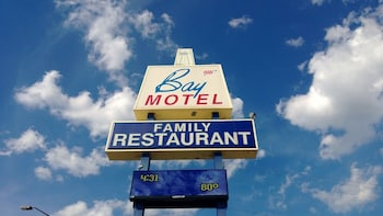Picture of Bay Motel in Green Bay