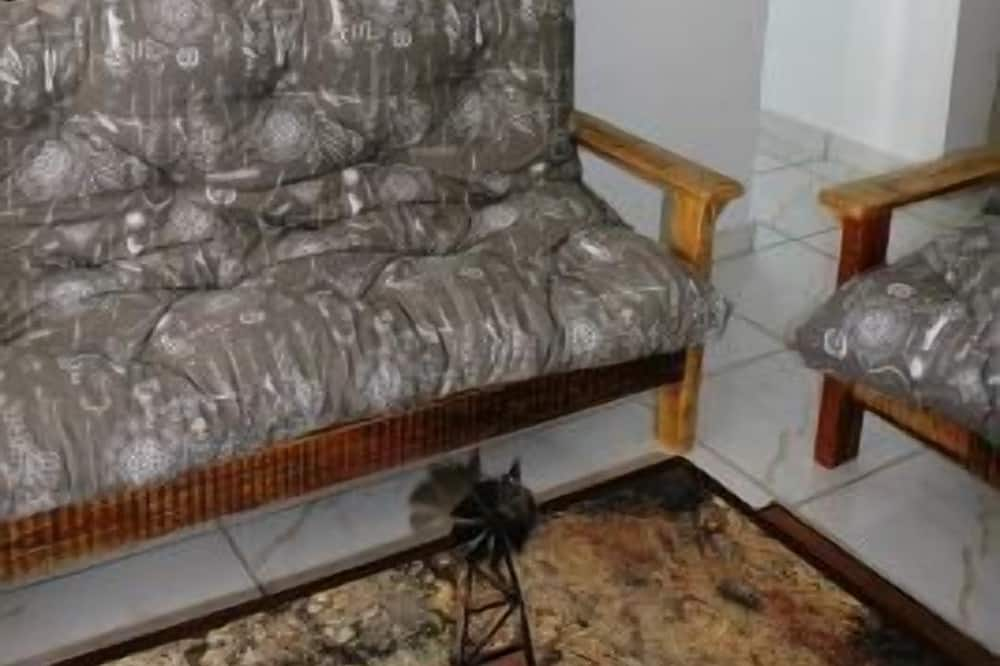 Apartamento Comfort, 2 Quartos - Sala de Estar