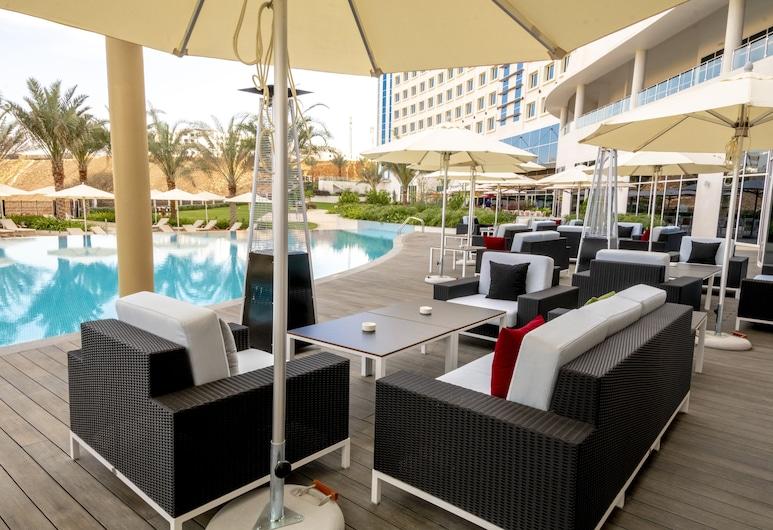 Crowne Plaza Muscat OCEC, Muscat, Bar khách sạn