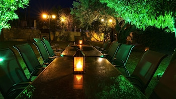 Picture of Salonikiou Beach Deluxe Apartments in Sithonia