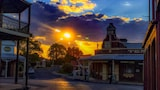 Choose this Motel in Gulgong - Online Room Reservations
