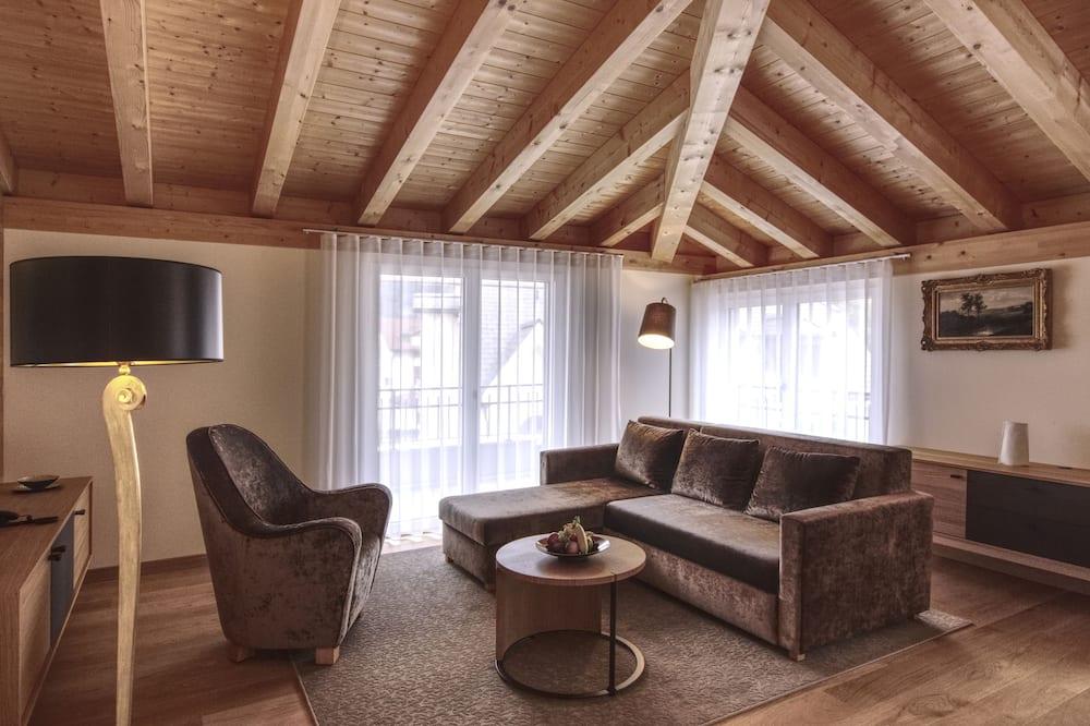 Penthouse Exclusive, 1 phòng ngủ, Phù hợp cho người khuyết tật, Quang cảnh đồi núi - Khu phòng khách