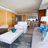 Phòng Suite Cao cấp, 2 phòng ngủ - Khu phòng khách