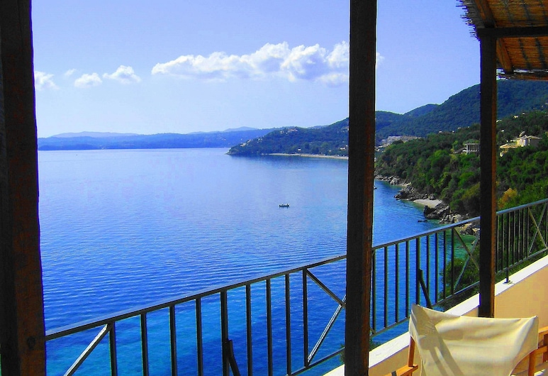 Oceanis Rooms Apartments, Corfu, Family Apartment, 2 Bedrooms, Room