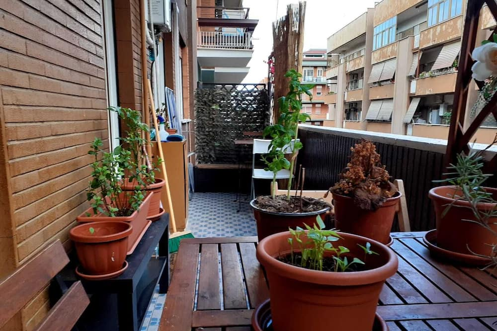 Basic Double Room, 1 Queen Bed, Shared Bathroom - Terrace/Patio