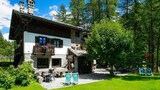 Choose This 2 Star Hotel In Courmayeur