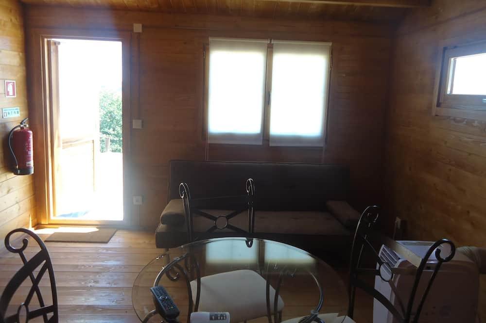 Bungalo, divas guļamistabas - Dzīvojamā istaba