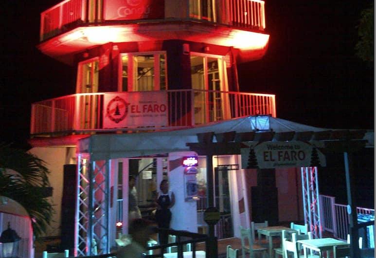 El Faro Apartment, Roatan, Hotel homlokzata - este/éjszaka