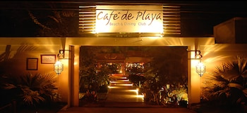 Picture of Café de Playa Beach Front Hotel in Coco