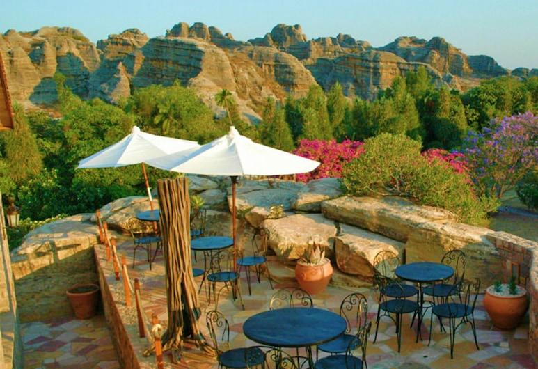 Savanna Cafe, Antananarivo, Terraza o patio