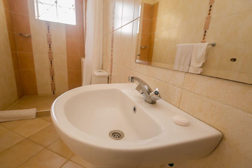Superior szoba kétszemélyes ággyal - Fürdőszoba