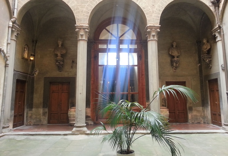 Palazzo Capponi, Firenze