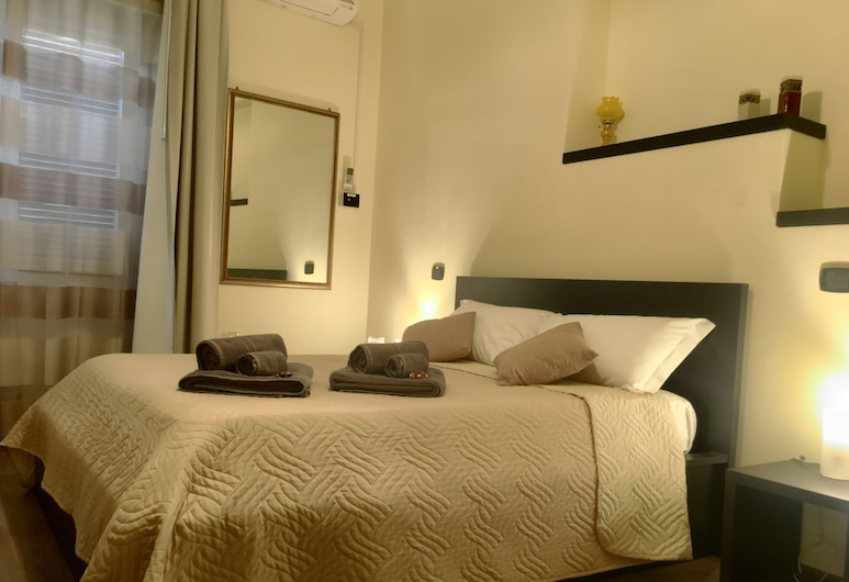 Avec Moi Roma, Rome, Comfort Double Room, 1 Queen Bed, City View, Guest Room