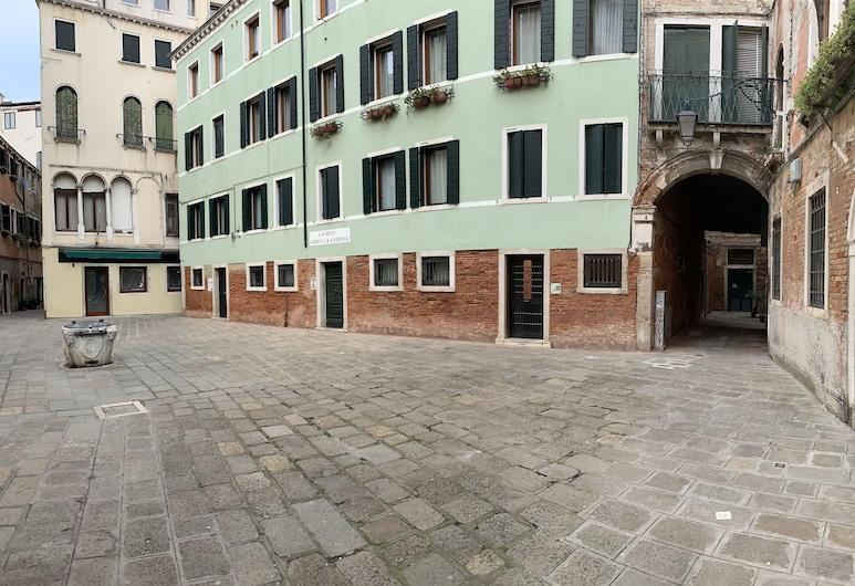 Grey's House, Venezia, Facciata hotel