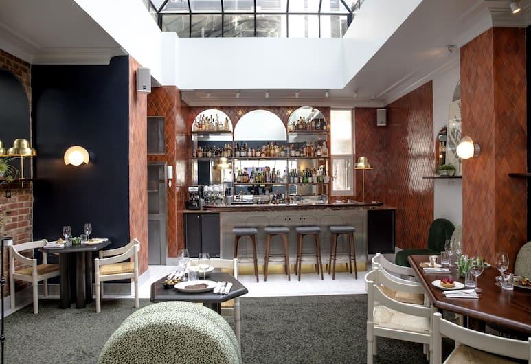 The Henrietta Hotel, London, Hotel Lounge