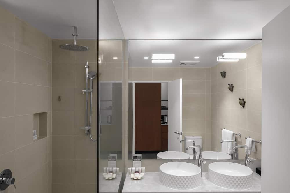 Вилла «люкс», 1 спальня, гидромассажная ванна, вид на сад - Ванная комната