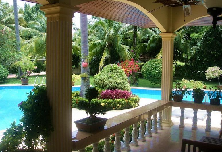 Coconut Paradise Holiday Villas, Rawai, Terraço/Pátio Interior