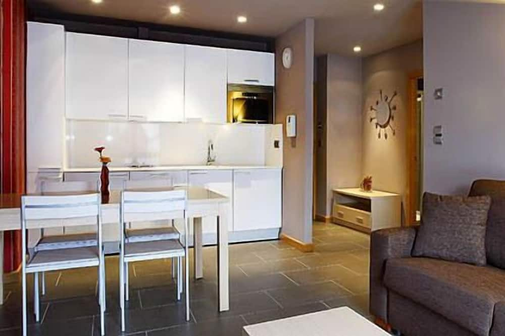 Apartment, 1 Bedroom (2 + 2) - Living Area