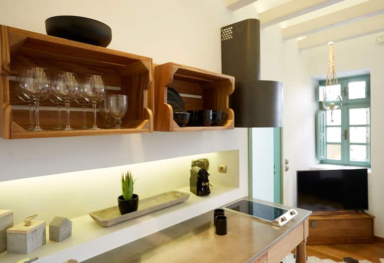 Domenica Home & Spa, Santorini, Private kitchenette