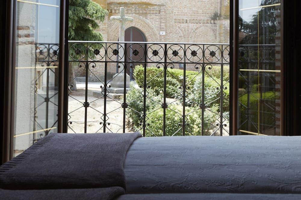 Трехместный номер (Triple Room Teresa) - Балкон