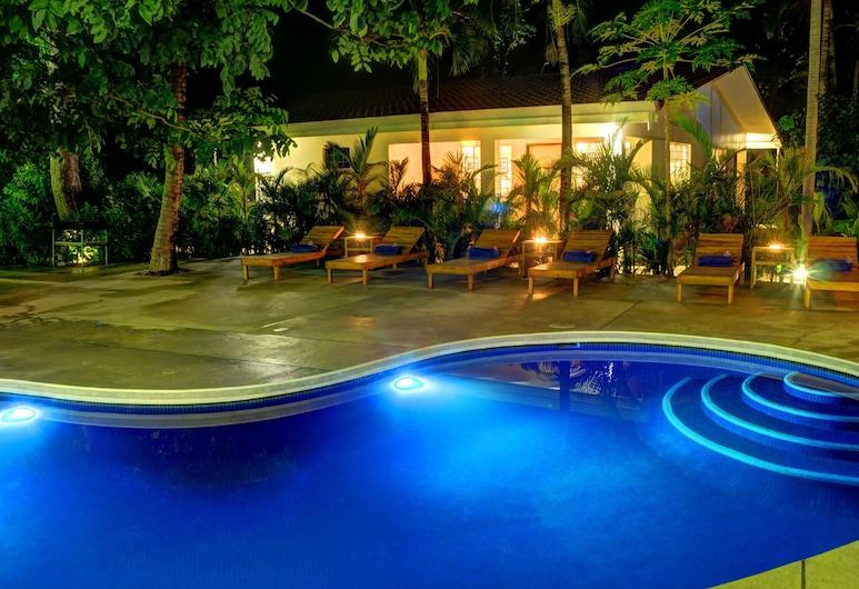 Moana Surf Resort, Nosara, Pool