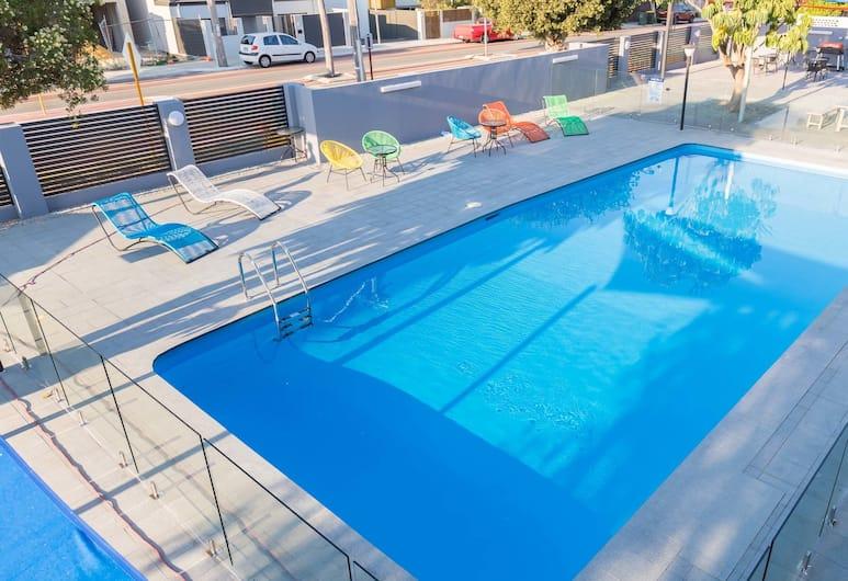 Batavia Apartment, Perth, Outdoor Pool