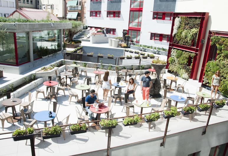 Funway Academic Resort - Adults Only, Madryt, Taras/patio